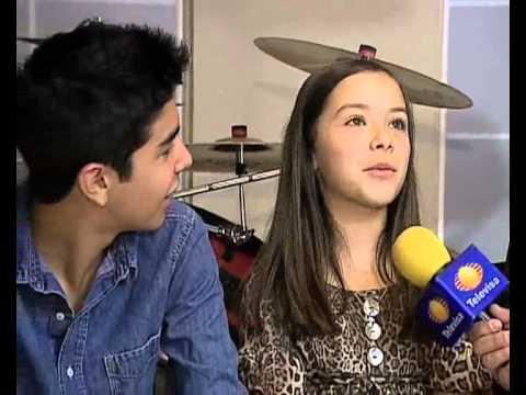 en esta entrevista vasquez sounds angie mensajes ocultos , escuchen detendidamente