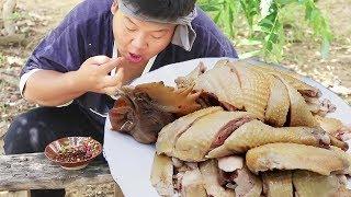 御廚秘製白切雞, 1人吃1只,吃法真過癮,看著就香【御廚流浪記】