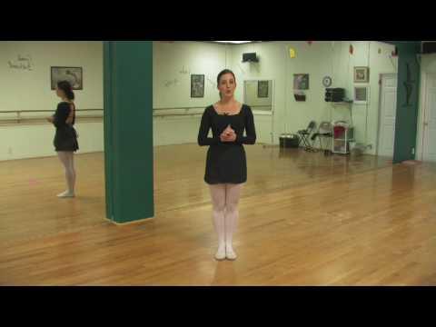 Ballet Lessons : What Do Ballet Dancers Wear?
