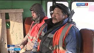 Даже в аномальные морозы работа дорожных служб не останавливается