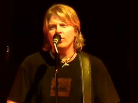 The Offspring - Why Don't You Get A Job? @ KROQ Almost Acoustic Christmas 08