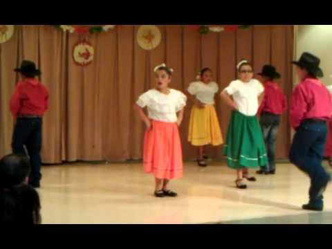 Jordyn doing baile folklorico, el pavido navido.
