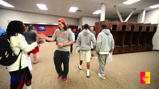 'Pitt State Football Locker Room Revealed (player reaction)