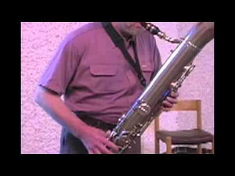historical bariton saxophon, shape ophicleide