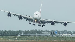 Unbelievable AIRBUS A380 CROSSWIND LANDING, GO AROUND + SHARP RIGHT TURN during a STORM (4K)