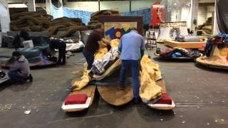 Macy's Holiday Parade 2014: Preparing the floats for the big day