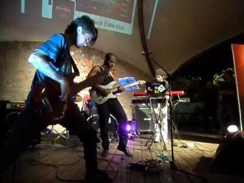 Calle Santiago en el Viva Rock Latino 2016