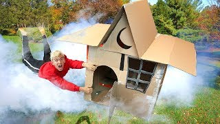HAUNTED MAGIC BOX FORT!!