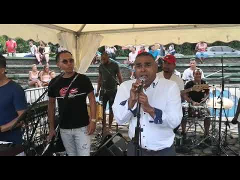 VAKANS O PEYI - Le maire de Trois-Rivières a pris le lead vocal du groupe DYNASTYZ
