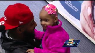 Leah Still in Cincinnati to watch dad play on Thursday Night Football