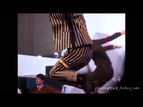 141222 Taemin Danger Full + Taemin ripping his pants