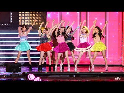 [4K]170812 소녀시대 전체 HOLIDAY 홀리데이 직캠 DMZ 평화콘서트 SNSD Girls' GenerationFANCAM