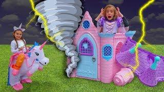 Las Ratitas con su nueva casa de princesas se visten con vestidos