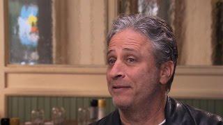 Jon Stewart takes final bows from