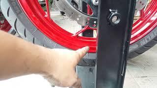Cân mâm bấm chì khi thay lốp mới.