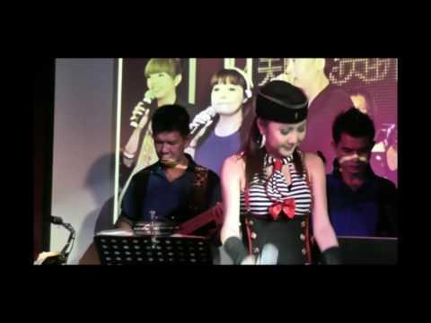 王汶玲 Alice Ong ~ 爱情的故事 Live