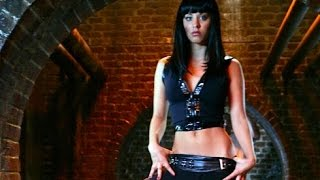 Kaley Cuoco debut on Charmed, 2005