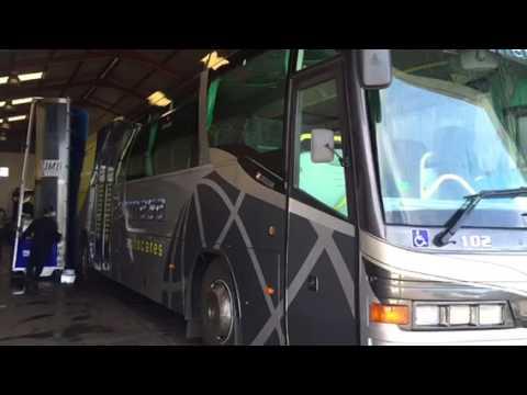 Monocepillo - Maquina de lavar autobuses baterias en Badajoz
