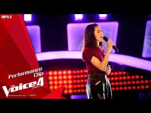 The Voice Thailand - ไข่มุก รุ่งรัตน์ - เรารอเขาลืม - 4 Oct 2015