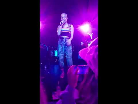 Jorja Smith Live - Carry Me Home ft. Maverick Sabre -  The Echo Los Angeles