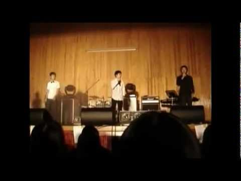 [Pre-debut] EXO-K 's D.O sings at school event (with BTOB's Hyunsik)