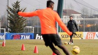 Juventus Shot Challenge: Allegri vs Pogba