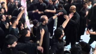 Aaya Hai Alam Aur Alamdar na Aaya - Taha Rizvi (AHC) - Shab e Gham Chicago 2012