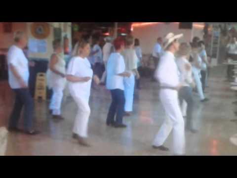Mamma Mia line dance