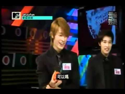 [ENG] Prank on Eunhyuk 2: Super Junior M smashing power fist 110404 MTV Top Entertainment