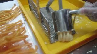 Long Potato Fries Hand Press Training