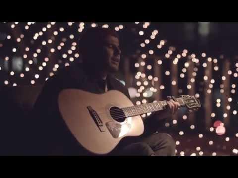 Kurt - Sonreír (Versión Acústica)