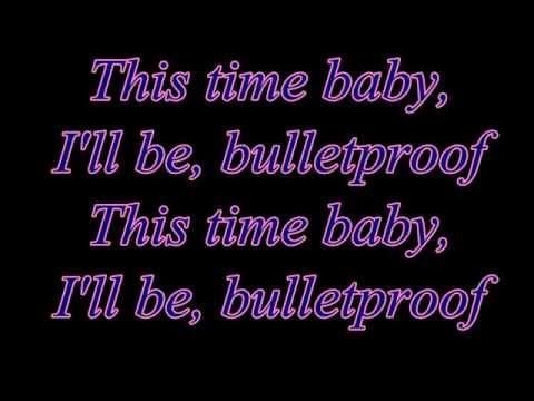 Bulletproof - La Roux (Lyrics)