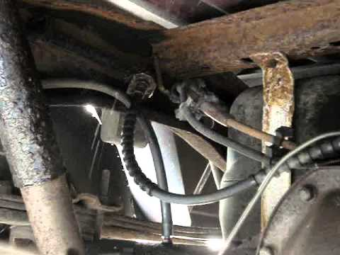 rusted brake line 1993 ford ranger youtube. Black Bedroom Furniture Sets. Home Design Ideas
