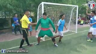 Bình Luận Fun | Chết cười với thủ môn Sumo gánh team chiến thắng trên chấm phạt đền