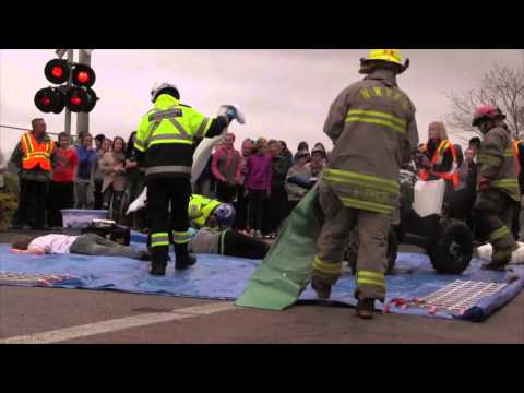 Vidéo: La tragédie d'une collision entre un VTT et un train.