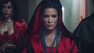"Halsey RESPONDS to ""Strangers"" Video Backlash Over Lack of LGBTQ+ Theme"