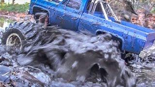 Monstertruck goes WILD! RC mud water splashing Action!