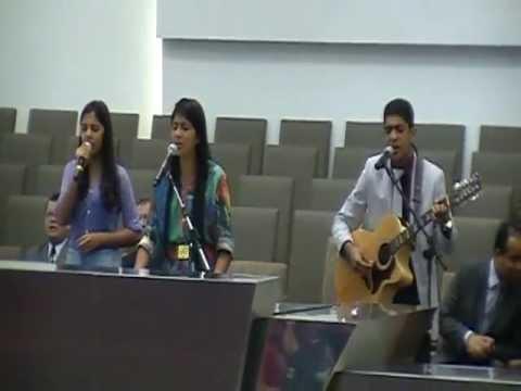 Baixar Perto de Ti - Canção e Louvor no 13º Congresso de Adolescentes das Assembleias de Deus em PE
