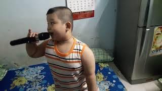 Ngoại Ô Buồn - Bé Quốc Huy 6 tuổi | Thần đồng 6 tuổi hát Bolero 2017