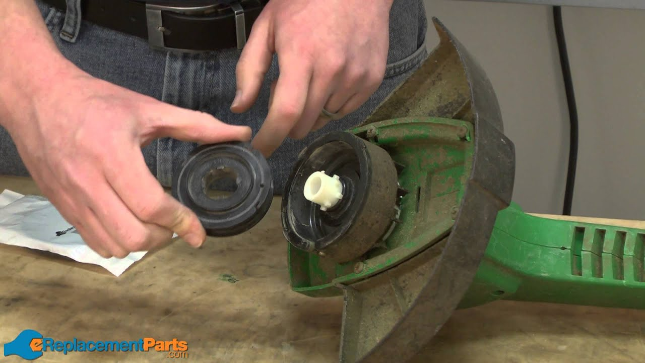 How To Replace The Spool On A Weed Eater Xt10 String