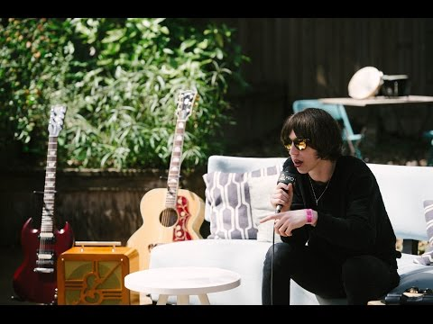 Van McCann Of Catfish And The Bottlemen - GRAMMY Pro