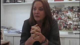 Sonia Hess, Dudalina