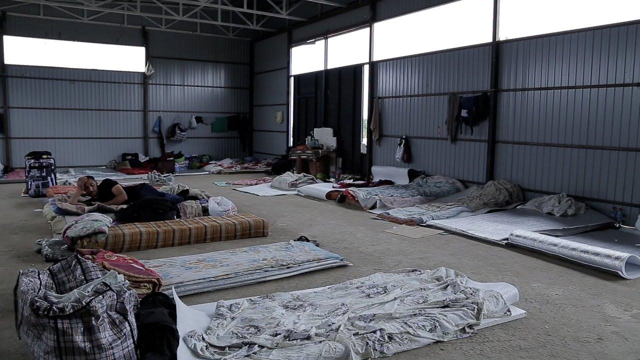 Лагерь в Кулларе не справляется с потоком азербайджанцев