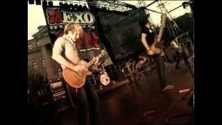 Silverstein - Your Sword vs. My Dagger (Live in Québec @ EXO Fest 2005)
