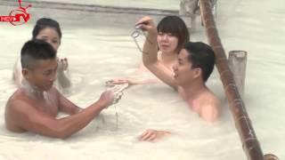 """Clip """"cảnh nóng"""" của Miko Lan Trinh, Thiên Vương, Cát Tường rủ nhau...tắm tiên!!!!!!"""
