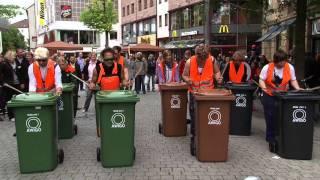 Thùng rác công cộng - nhạc cụ đặc biệt