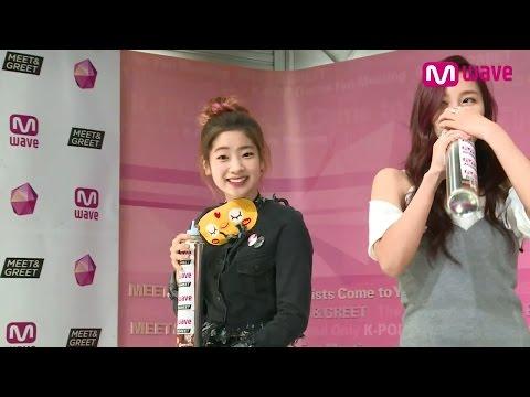 (ENG SUB)Twice Sings 'OOH-AHH' Helium Ver. [MEET&GREET]