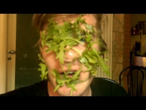 HOW TO BE A SALAD! - Smashpipe Games