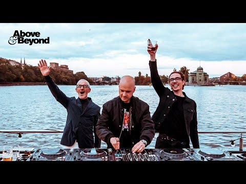 Above & Beyond: Group Therapy 350 Deep Warm Up Set, Prague
