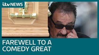 Paul carries coffin at brother Barry Chuckle's funeral | ITV News